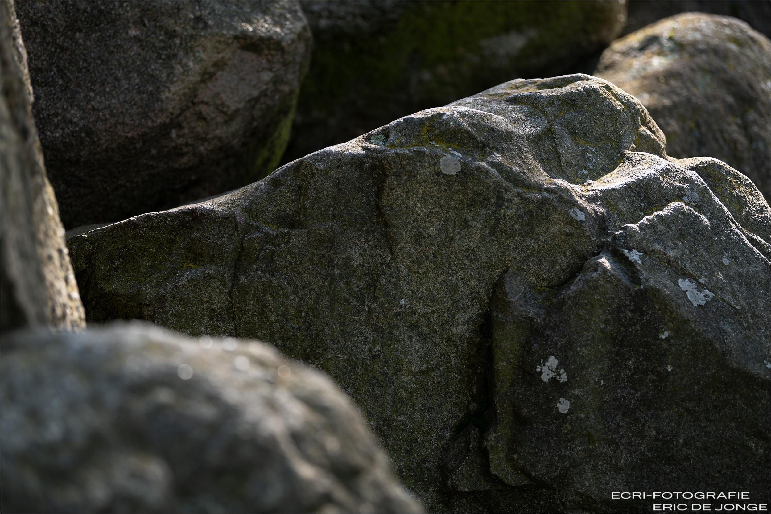 Hunebed Eexterhalte D14, detail, detail hunebed D14, hunebed D14, hBedrijfsfotografie Gieten, Bedrijfsfotograaf Drenthe, fotograaf Gieten, Eric de Jonge Gieten fotograaf, ecri-fotografie Gieten, fotograaf Gieten, stenen D14